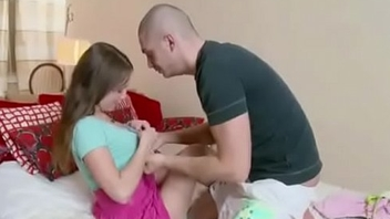 He Jolly along His Petite Step-Sister to Think the world of and Creampie