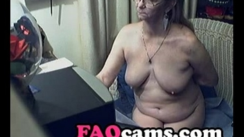 Lovely Granny with Glasses on Web camera  - www.FAQcams.com