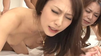 Screetching Asian floozies fucked wits the buttlers