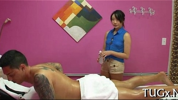 Immodest massage with happy ending