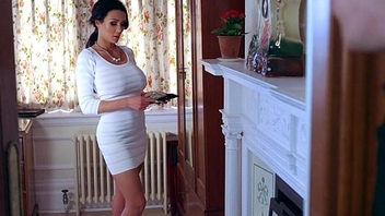 Gorgeous Housewife (patty michova) Cheating In Hard Dealings Scene clip-24