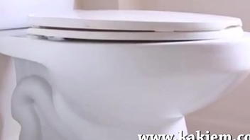 Amateur video of a young girl pooping