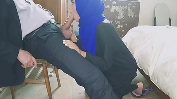 Arab Girl Loves Sucking Dig up (كس) - http://www.xibata.com