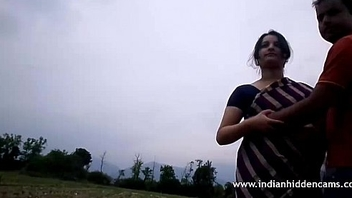 Indian Married Couple Outdoor Issue - IndianHiddenCams.com