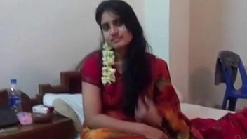 Rajban with her Girlfriend in hotel - XVIDEOS.COM