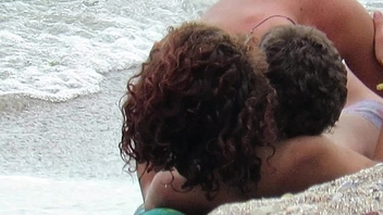 Topless Inexpert MILFs - Voyeur Seaside Close-Up